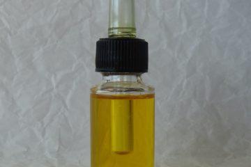 Oljni serum za suho in zrelo kožo